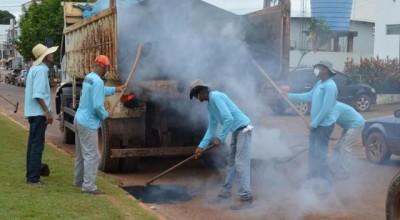 Prefeitura inicia operação tapa-buracos em Rolim de Moura