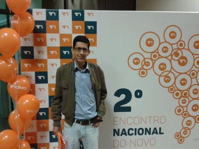 Ex-morador de Santa Luzia participa de evento do Partido Novo em São Paulo
