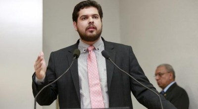 Jean Oliveira assume a liderança do PMDB na Assembleia Legislativa