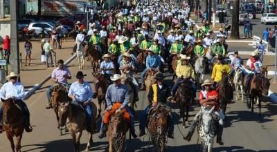 Proprietários de equinos devem tomar cuidados durante as cavalgadas para manter os animais sadios