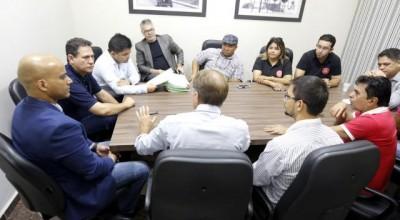 Chefe da Casa Civil diz que vai analisar com PGE e Sepog decreto que regulamenta auxílio transporte