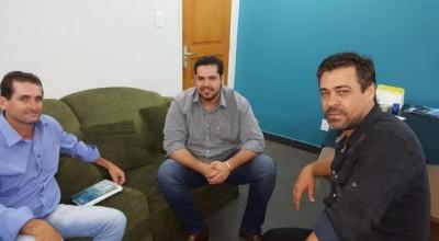 Deputado Jean Oliveira recebe visita do prefeito eleito de Novo Horizonte