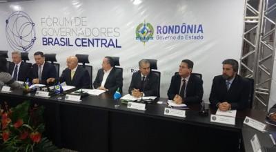 Raupp participa do V Fórum de Governadores Brasil Central