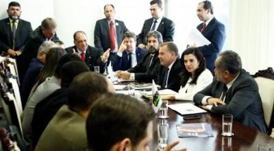 Senador Raupp  apresenta emendas  ao Orçamento da União para as áreas de saúde, educação e infraestrutura em RO