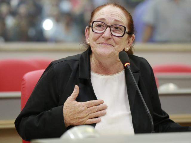 Deputada Lúcia Tereza vai receber homenagem