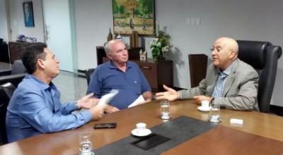 Confúcio vai alterar decreto que retira servidores da saúde dos municípios