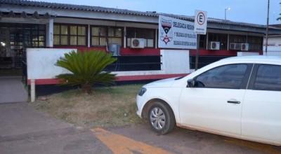 Três bandidos roubaram uma motocicleta em Cacoal no Vilage do Sol