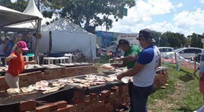 Maior churrasco de peixes de Rondônia marca último dia da Expovale, em Ariquemes