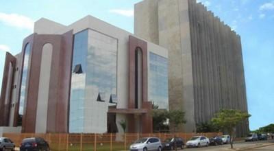 Concurso para estagiário do TCE-RO acontece neste domingo; confira os locais de prova