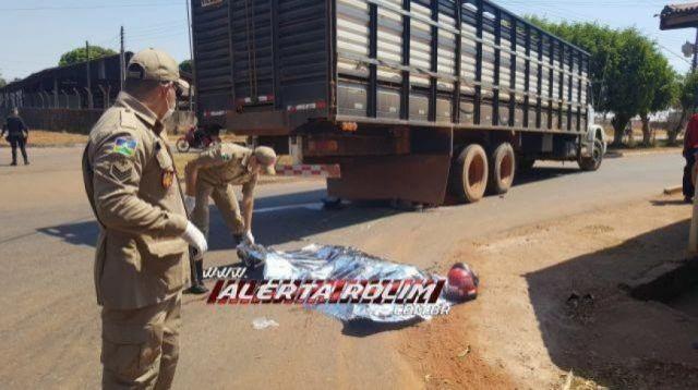 Rolim de Moura: Professora morre após ser atropelada por caminhão boiadeiro