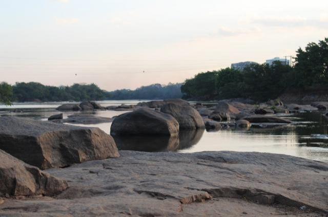 Seca no Rio Machado gera maior queda do nível da água em 14 anos, em RO