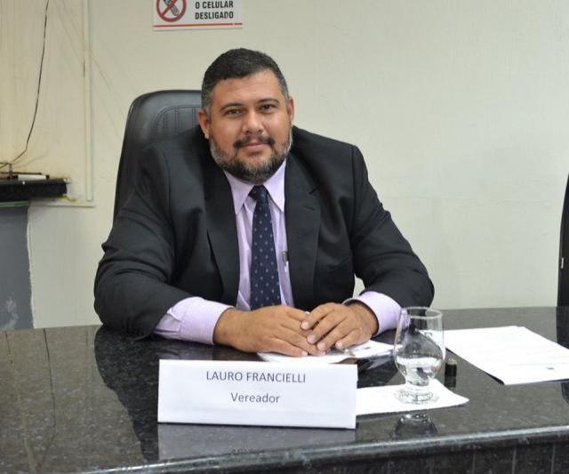 Dr Lauro aproveita vinda do Governador e faz várias reivindicações