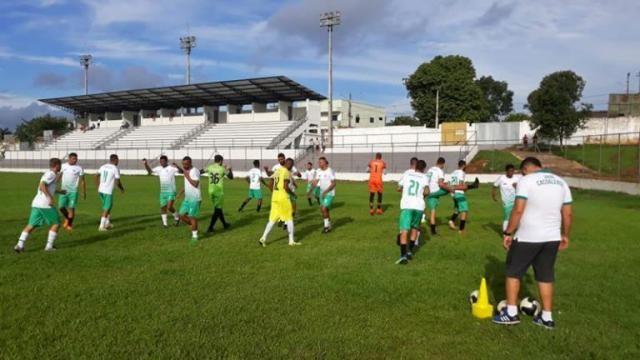 Estadual: União Cacoalense apresenta elenco e inicia preparação