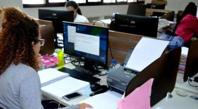 Governo pretende digitalizar mais de mil serviços para a população