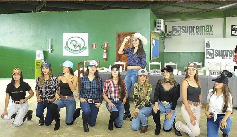 Com escolhida por internautas, 10 jovens disputam título de rainha da 36ª Expoari em Ariquemes, RO