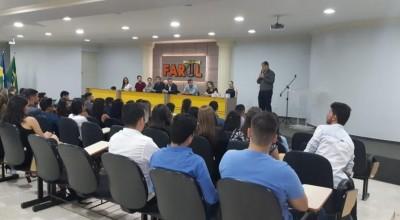 FAROL realiza entrega de Carteiras de Estágio para alunos do 7º período de Direito