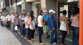 Cooperativa de Rolim de Moura terá que pagar 10 mil reais por deixar cliente na fila por quase 2 horas