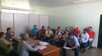 Três máquinas vão recuperar vias da zona rural de Rolim de Moura