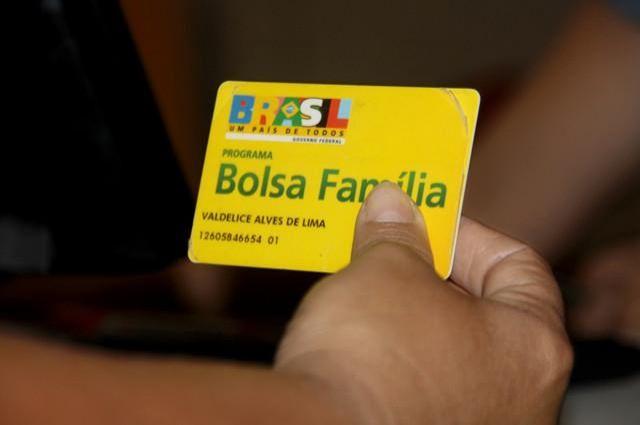 Beneficiários do Bolsa Família precisam atualizar cadastro em unidades de saúde