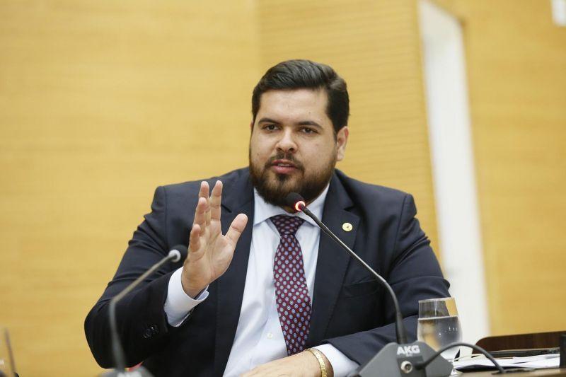 Jean Oliveira parabeniza o profissional Assistente Social no seu dia – 15 de maio