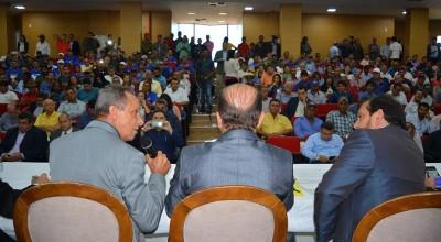 Lazinho da Fetagro e produtores cobram do Estado maior apoio e incentivos à produção leiteira