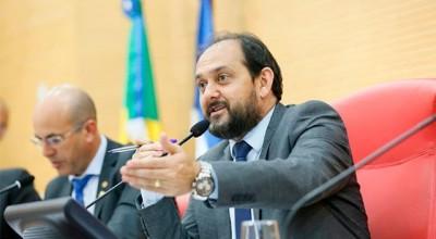 Presidente da Assembleia anuncia convocação dos primeiros aprovados no concurso para a próxima semana