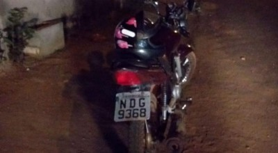 Rolim: PM recupera moto furtada e prende suspeitos