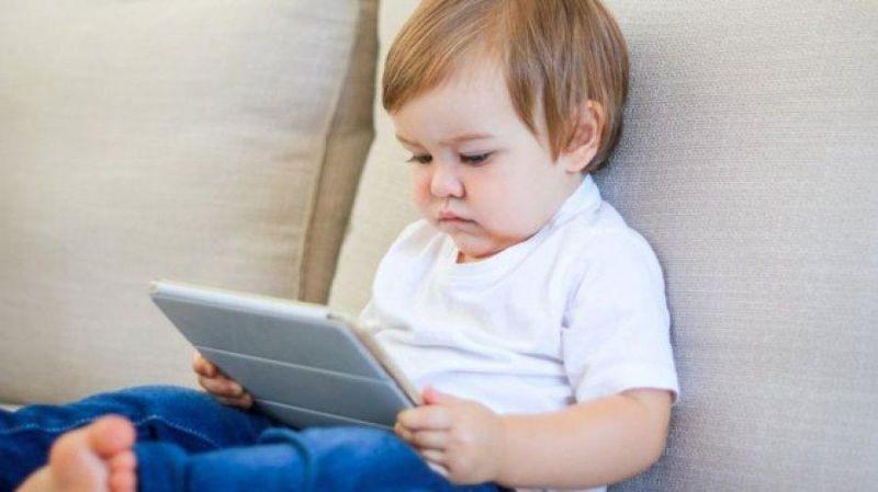 Celular e tablets para crianças: como encontrar o limite?