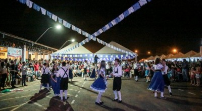 Espigão do Oeste comemora 38 anos com a 9ª Feira da Cultura Pomerana; veja fotos