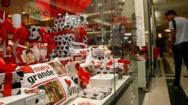 Fecomércio estima que Dia dos Namorados deve movimentar R$ 106,7 milhões em Rondônia