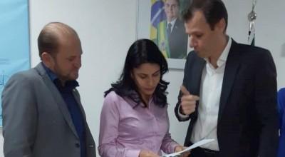 Em Brasília, Cirone Deiró acompanhou autorização para o Governo do Estado licitar obras do aeroporto de Cacoal