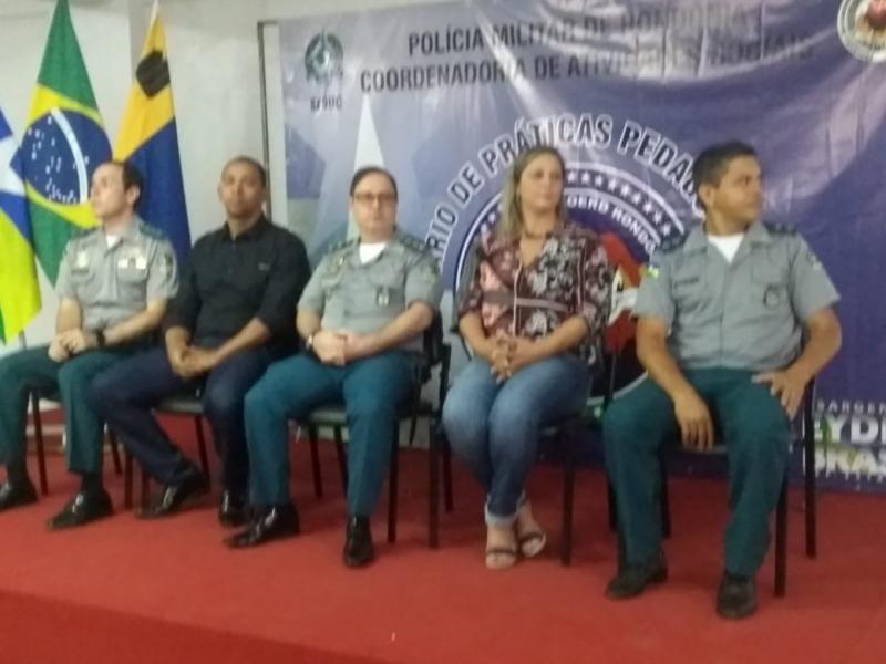 PM realiza 1º seminário de práticas pedagógicas do Proerd