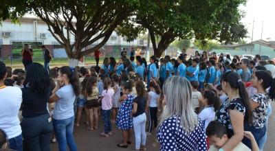 """""""Cacaeiros"""" foi tema abordado no momento cívico do aniversário de Rolim de Moura"""