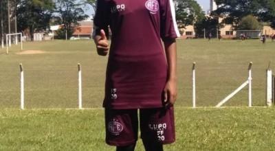 Cíntia Souza: Atleta da Escolinha de Futebol Rolim é aprovada no Ferroviária, SP