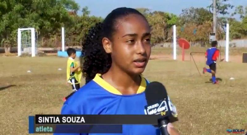 Cíntia Souza: Atleta da Escolinha de Futebol Rolim irá fazer teste em Araraquara-SP