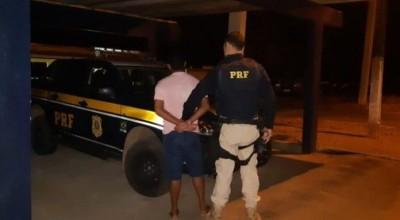 Homem foragido da Justiça é preso pela PRF em Ji-Paraná/RO