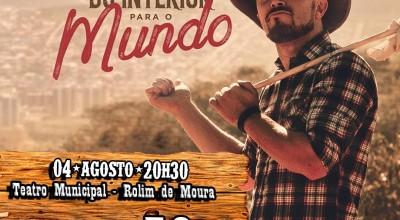 Humorista Marcus Cirillo se apresenta neste domingo no Teatro Municipal em Rolim de Moura