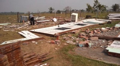 Igreja é derrubada por forte vendaval em distrito de Jaru, RO