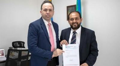 Presidente Laerte Gomes recebe agradecimentos de Henrique Prata após ajudar a resolver impasse entre Hospital de Amor e Sesau
