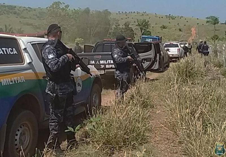 Polícia Militar e Justiça realizam operação de reintegração de posse em fazenda invadida na região de Alta Floresta/RO