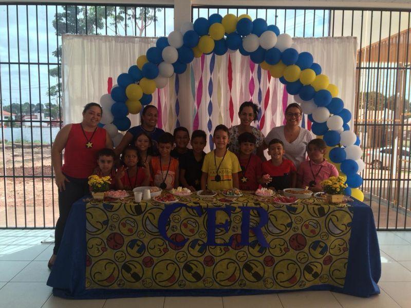 Pacientes do Centro Especializado em Reabilitação de Rolim de Moura participam de atividade em homenagem ao Dia das Crianças