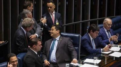Plenário do Senado aprova reforma da Previdência e cria idade mínima de aposentadoria