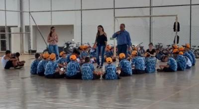 Polícia Mirim de Rolim de Moura recebe equipe de acadêmicos do Curso de Farmácia da FSP