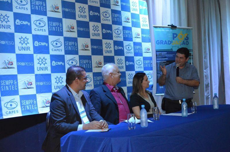 Rolim de Moura - Vice-prefeito Fabrício Melo participa da abertura do X seminário de pós-graduação e pesquisa e III Simpósio de Inovação, Propriedade Intelectual e Tecnologia
