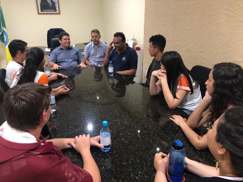 Rolim: Prefeitura recebe visita de alunos da Escola Cândido Portinari