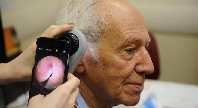 Aplicativo usa foto de celular para detectar risco de câncer de pele