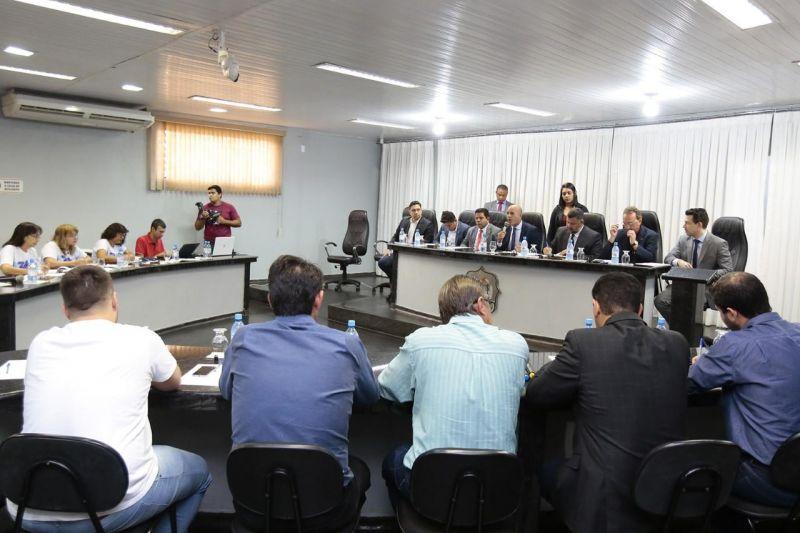 CPI da Energisa em Rolim de Moura recebe documentos e relatos de consumidores contra a empresa