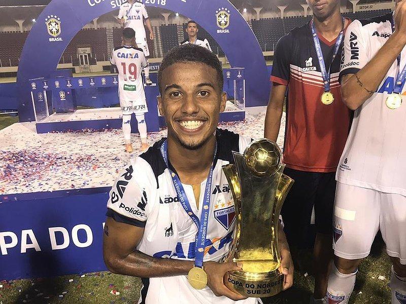 Futebol: Lateral Direito é anunciado pelo Guaporé FC