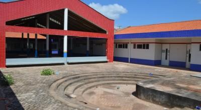 Rolim de Moura - Creche do Cidade Alta inaugura nos próximos dias e equipamentos e mobílias já começaram a chegar
