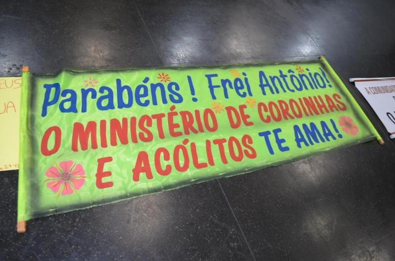 Rolim de Moura: Prefeito Luizão do Trento prestigia homenagem ao Frei Antônio